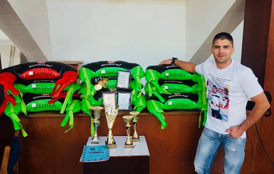 Иво Ангелов организира турнир по борба