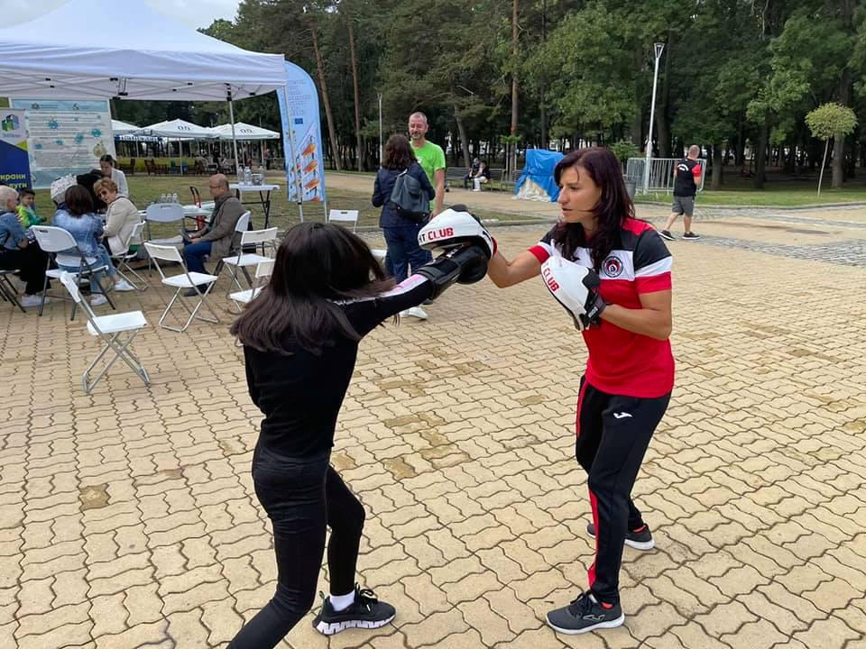 Олимпийската шампионка Стойка Кръстева с открита тренировка в парка (ГАЛЕРИЯ)