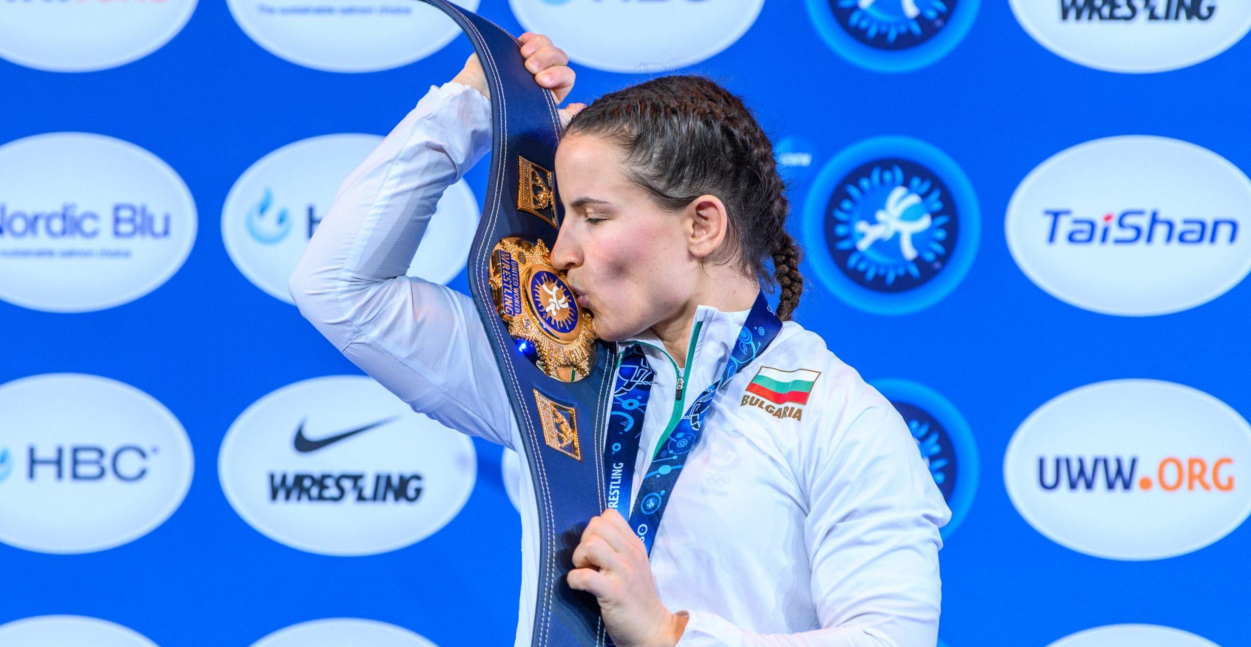 България влезе в топ 10 отборно при жените на Световното по борба (КЛАСИРАНЕ)